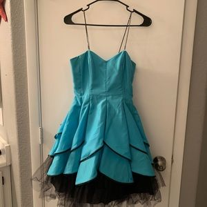 Morgan & Co Bright blue cocktail party dress